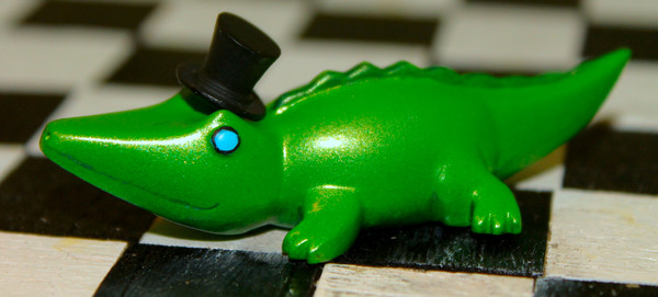 Cast-polyurethane gator from RawrzToys
