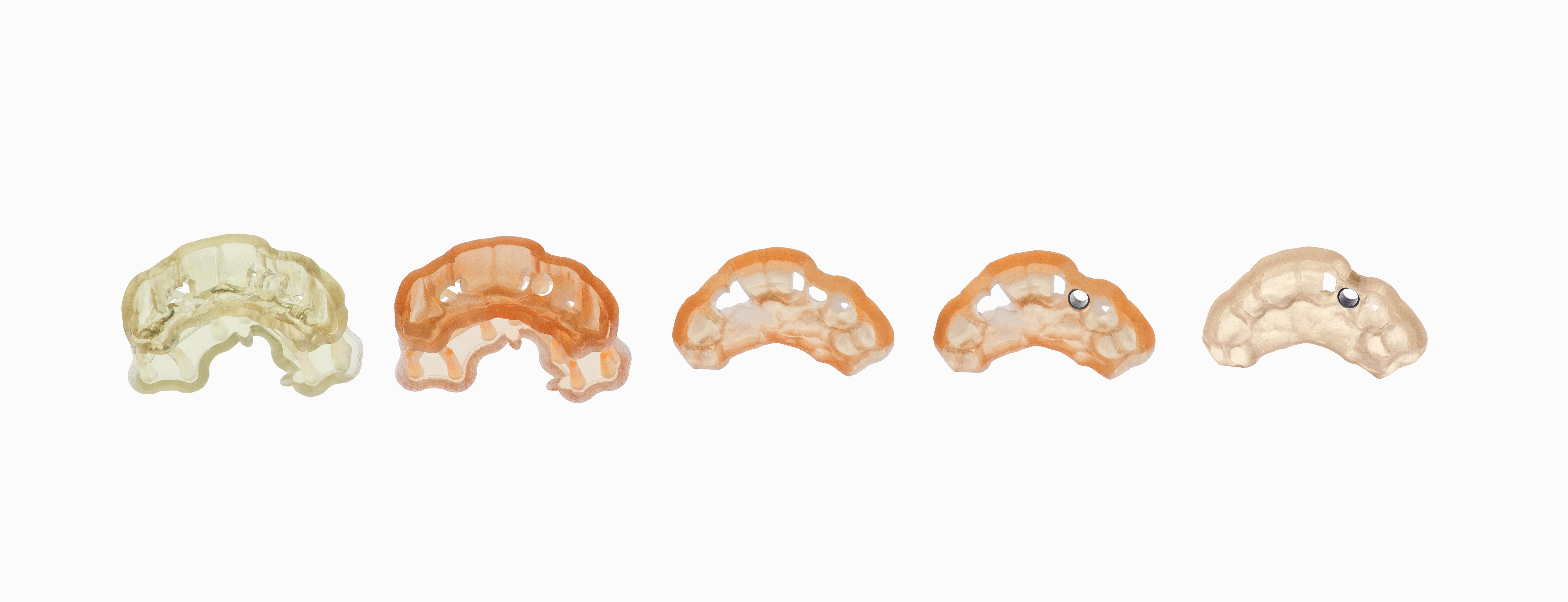 Beispiel Bohrschablone: Prozess vom 3D-Druck zur autoklavierten Bohrschablone.