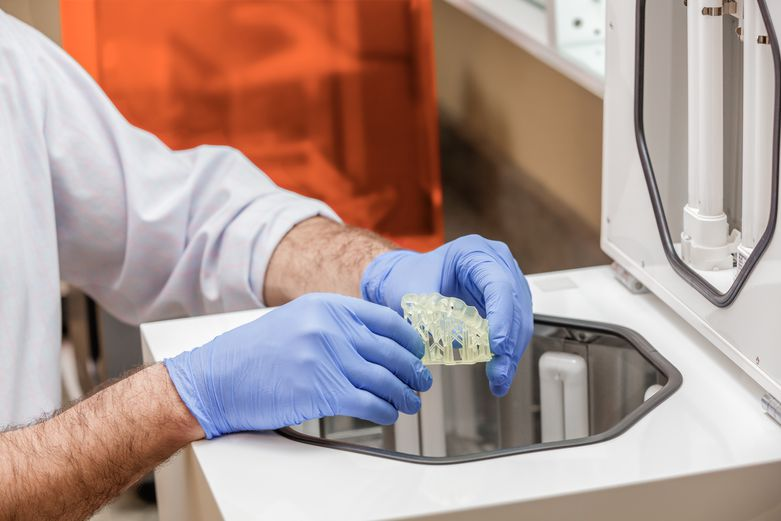 Dental SG parts require UV curing and sterilization in an autoclave before surgery.