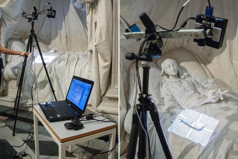 Restorers start a new project with 3D scanning, which helps them to document and analyze the artworks.