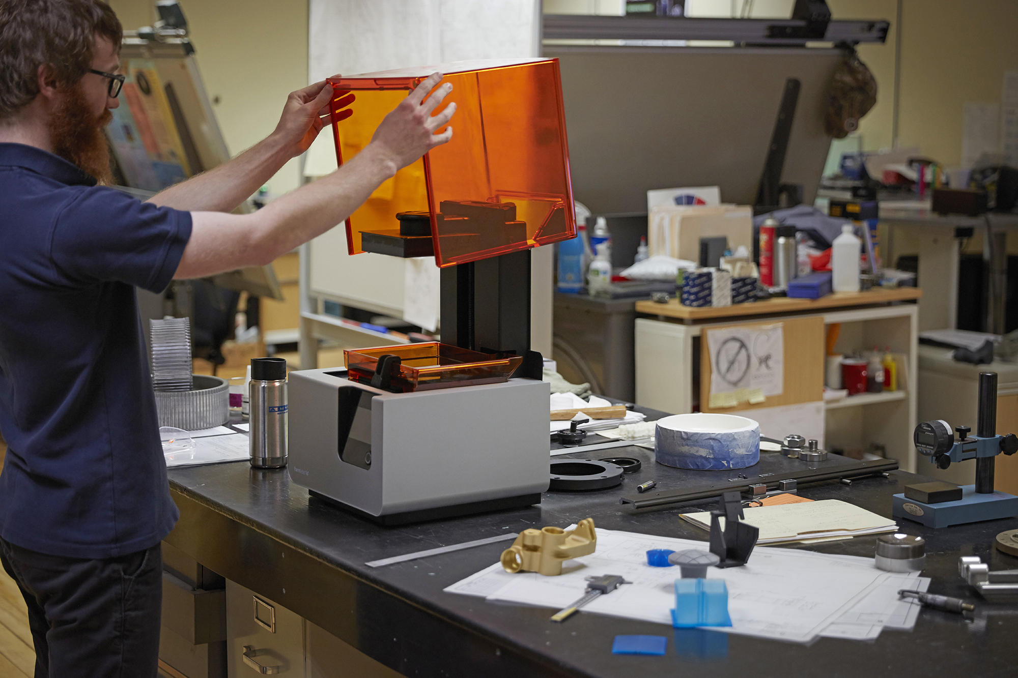 A production engineer at A&M Tool uses Formlabs Form 2 desktop stereolithography 3D printer and engineering resins.