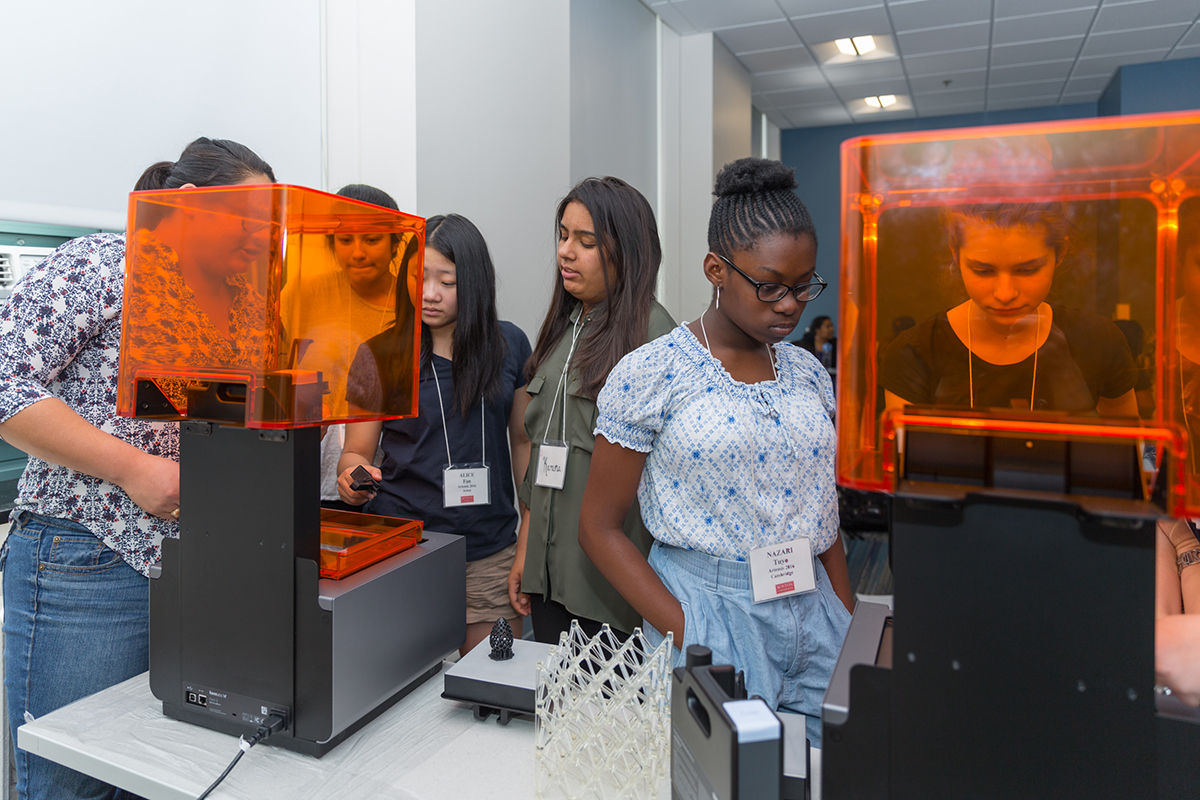 Formlabs leads a workshop in 3D printing for girls participating in Boston University's Artemis Project.