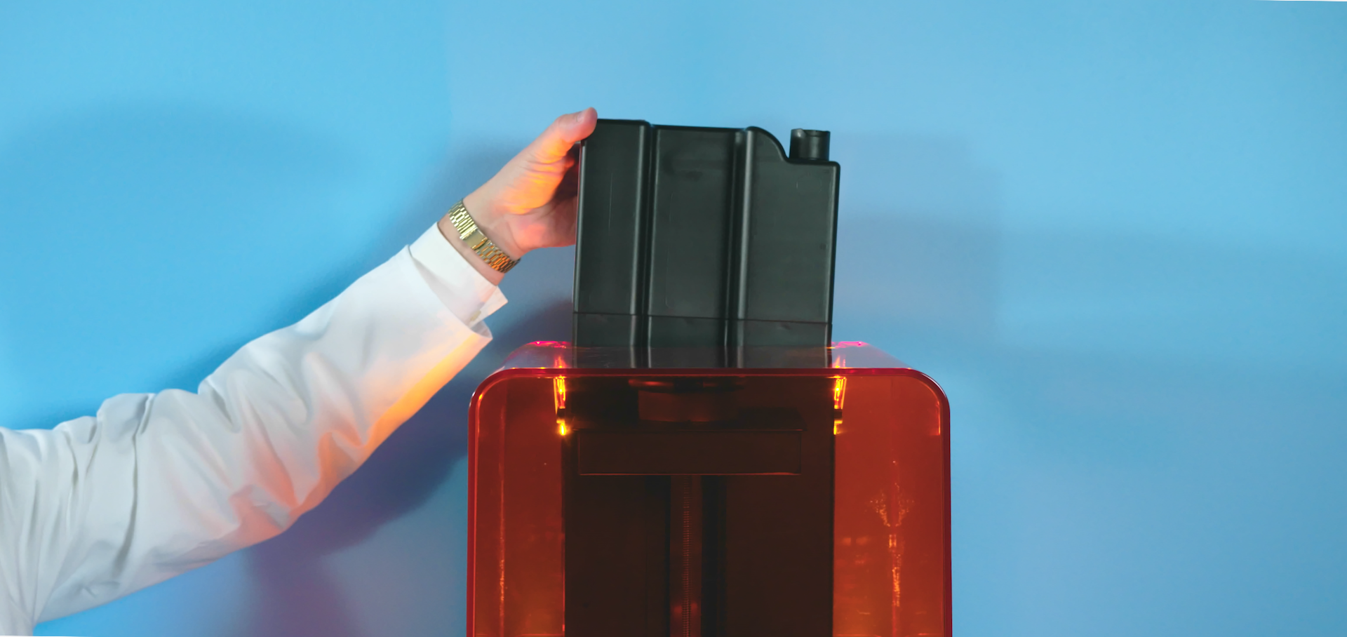 Insert the cartridge into your Formlabs printer to start printing in color.