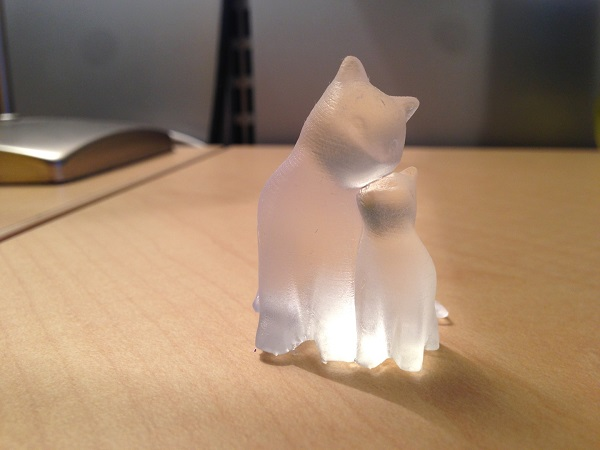 PixelMatter's Cuddling Cats printed in Clear Resin on the Form 1